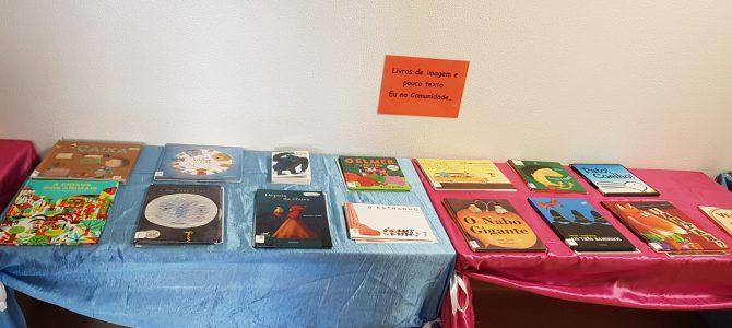 Exposição de livros de leitura para os mais pequeninos